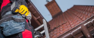 Contractor installs a new roof